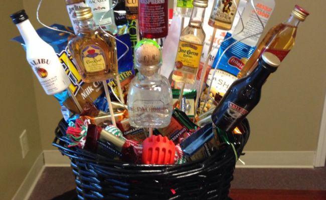 Men S Gift Basket Great For The Boss Gift Ideas