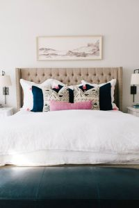 25+ best ideas about Neutral bedrooms with pop of color on ...