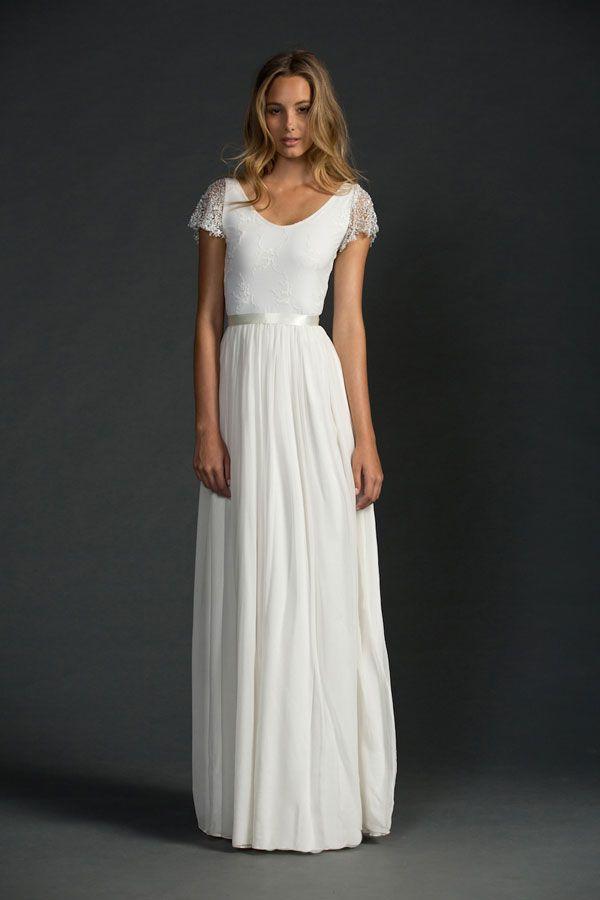 Best 25 Simple white dress ideas on Pinterest  White dress White midi dress and Classy white
