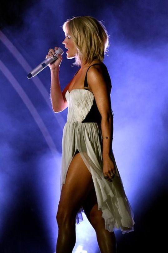Carrie underwood Hair and Grammy award on Pinterest