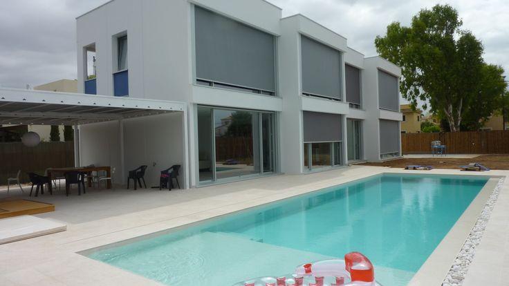 Exterior Piscina Porche moderno casas via planreforma muebles de exterior fachada