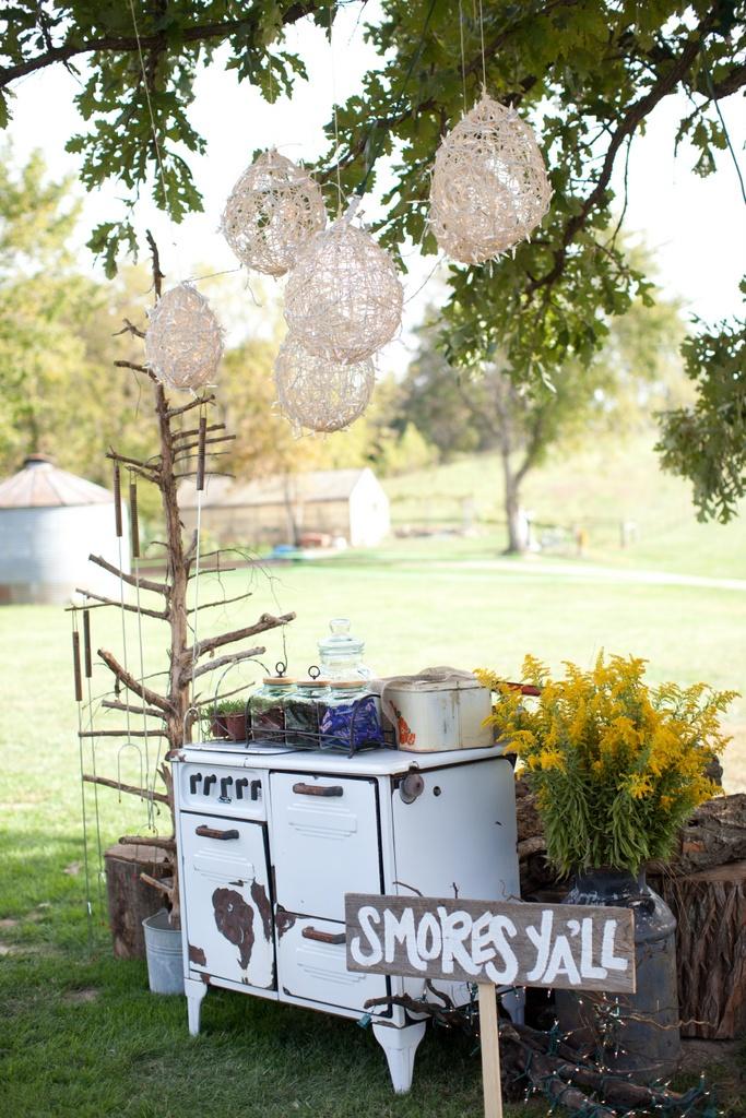 cute for an outdoor vintage wedding showerreception  Wedding reception ideas  Pinterest