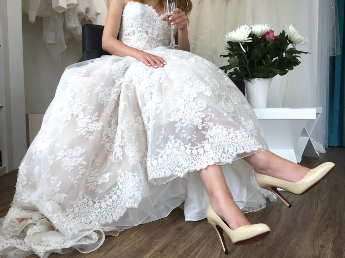 1000 images about Brautschuhe  Bridal Shoes on Pinterest  Pump Industrial wedding