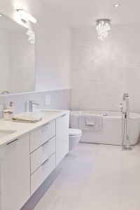 25+ Best Ideas about Modern White Bathroom on Pinterest