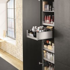 Kitchen Drawer Organization Ideas Maid Cabinets Keukenkast Met Strak Ingedeelde Lades Van Legrabox - Blum ...