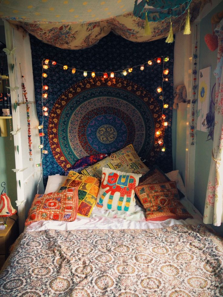 Hippie room Lights Mandala tapestry  Hippie Decor  Pinterest  Head boards Tumblr room and