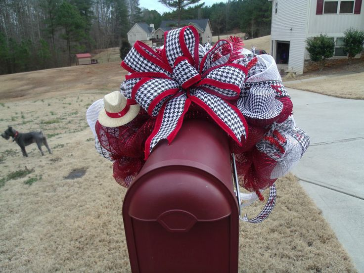 17 Best images about Mailbox Decorations on Pinterest  Deco mesh bows Fall mailbox and Burlap bows