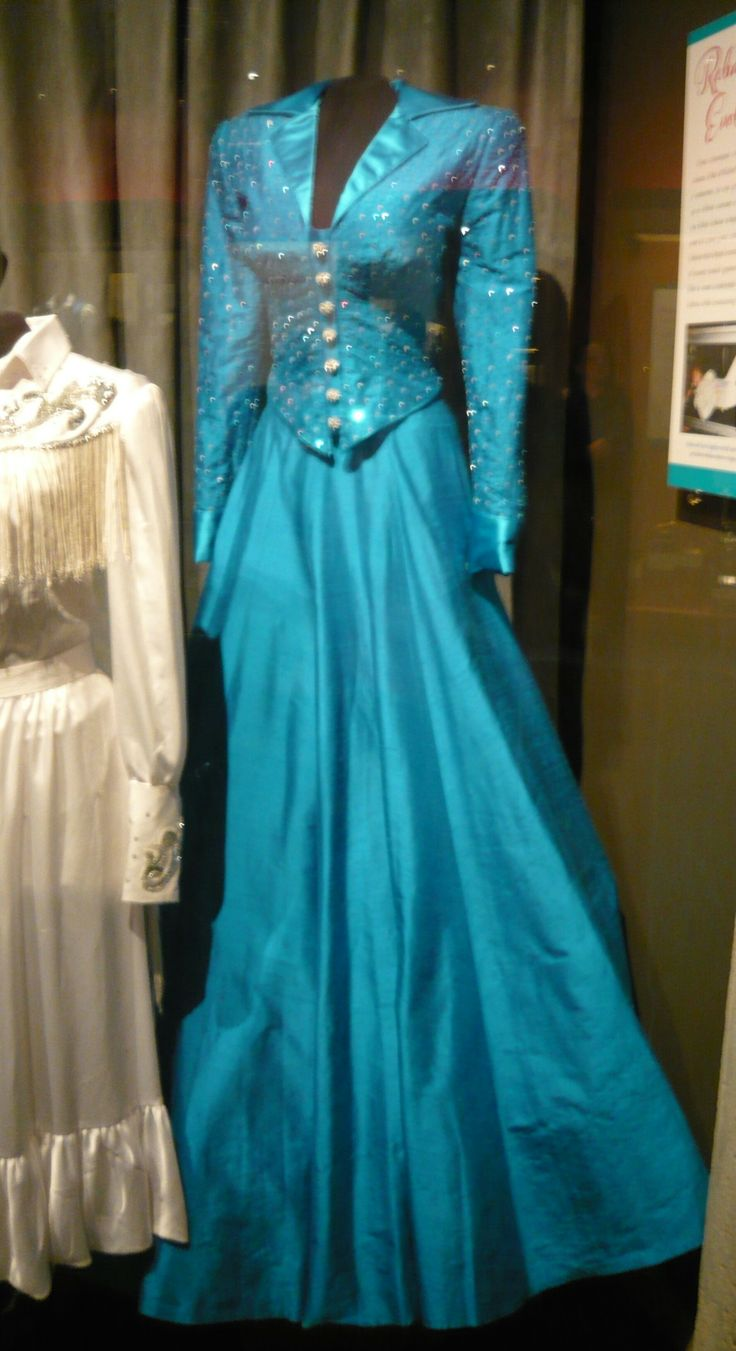 One Of Reba McEntires Dresses Although Id Never Heard