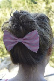 pink and gray chevron hair bow
