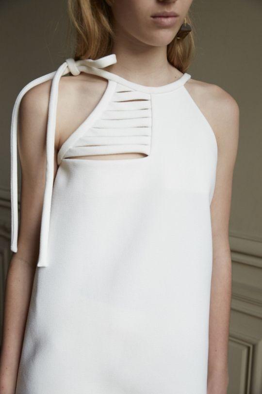 Chic Simplicity – minimal white top; fashion details // Christopher Esber Spring 2016