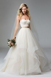 25+ best ideas about Sweetheart wedding dress on Pinterest ...