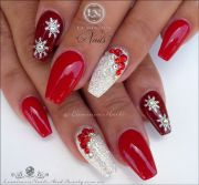 red & white christmas nails