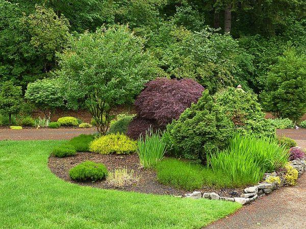 landscaping driveway entrances