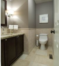 Bathroom- Gray Paint with beige tile | Gray room ideas ...