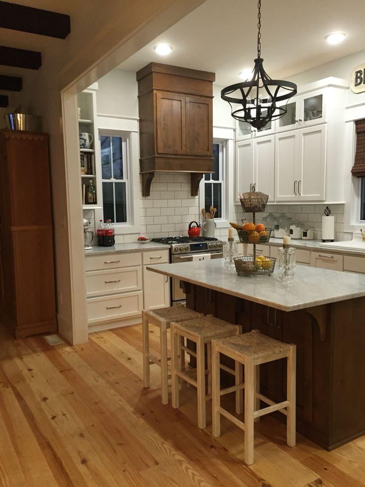 17 best ideas about Small Cottage Kitchen on Pinterest