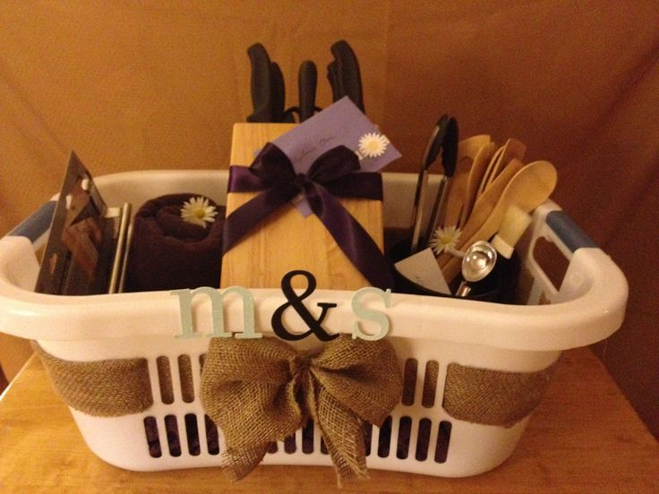 For A Beautiful And Personalized Wedding Gift: Order Items