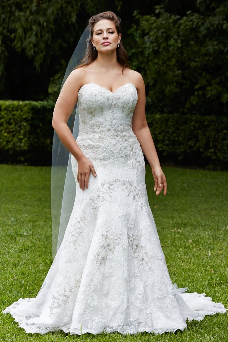 25 best ideas about Plus size brides on Pinterest  Plus size wedding Plus size wedding gowns
