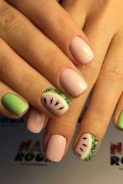 1527 beach nails