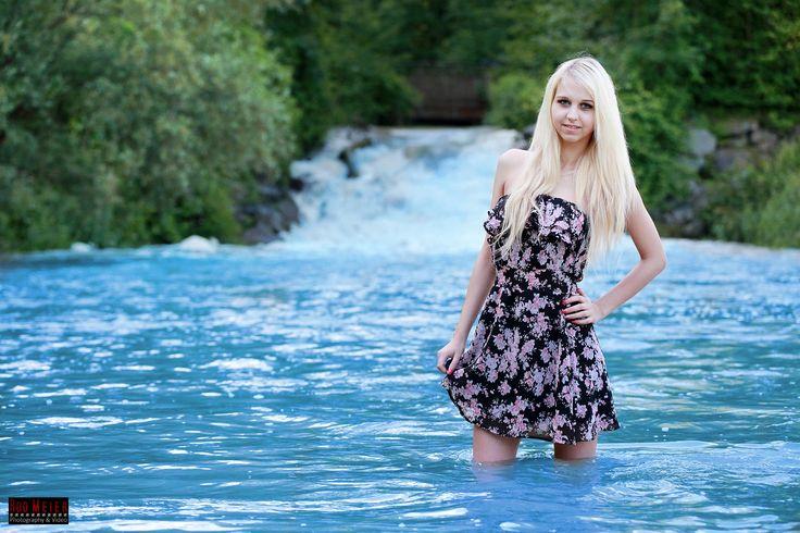 Outdoor Fotoshooting mit Model Steffi B an der iller nhe