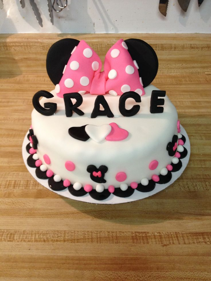 My 1 Tier Minnie Mouse Cake Cakes That I Have Made
