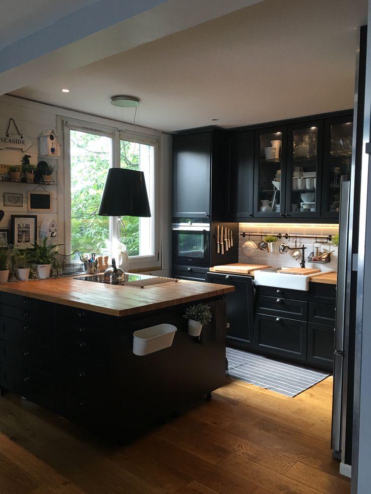 etagere garage ikea etagere de cuisine ikea with tablette tagres garage ikea interesting ikea. Black Bedroom Furniture Sets. Home Design Ideas