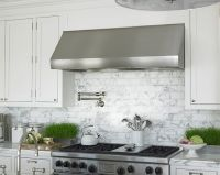 White marble subway / metro tiles used as kitchen range ...