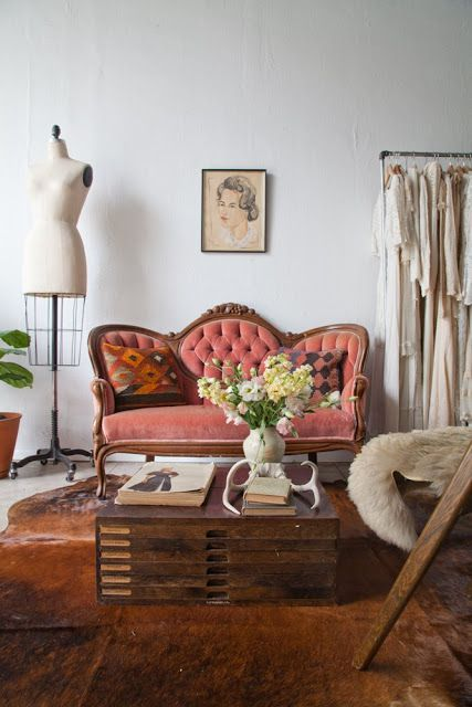 emma tufted sofa air bed price in delhi 25+ best ideas about antique on pinterest | ...