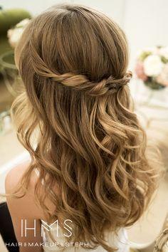 Die 25 Besten Frisur Gast Hochzeit Ideen Auf Pinterest Seitn