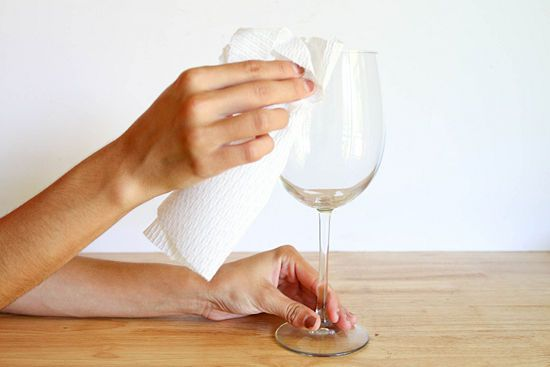 How to Paint Wine Glasses: 11 steps (with pictures) – wikiHow the correct way to paint wine glasses!