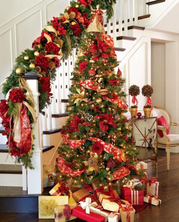 diy holiday decor christmas tree and garland