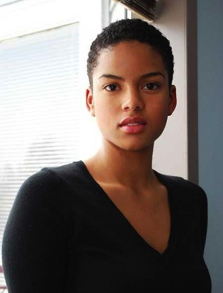 low cut hairstyles for black ladies with round faces