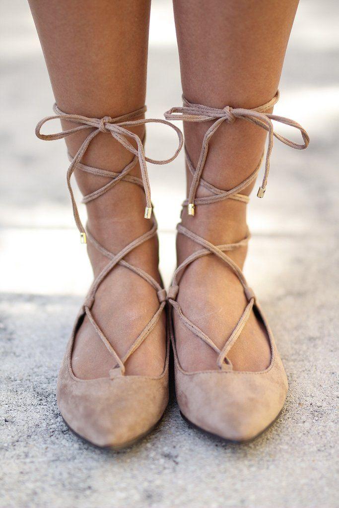 Best 20 Lace up flats ideas on Pinterest  Lace up shoes