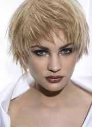 awesome blonde haircuts