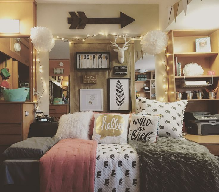 Best 25 College bedrooms ideas on Pinterest  College dorms University dorms and College dorm