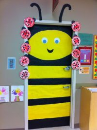 Weird animals vbs door decor. bumble bee. | VBS ...