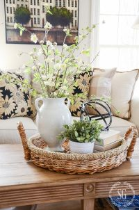 25+ Best Ideas about Coffee Table Centerpieces on ...