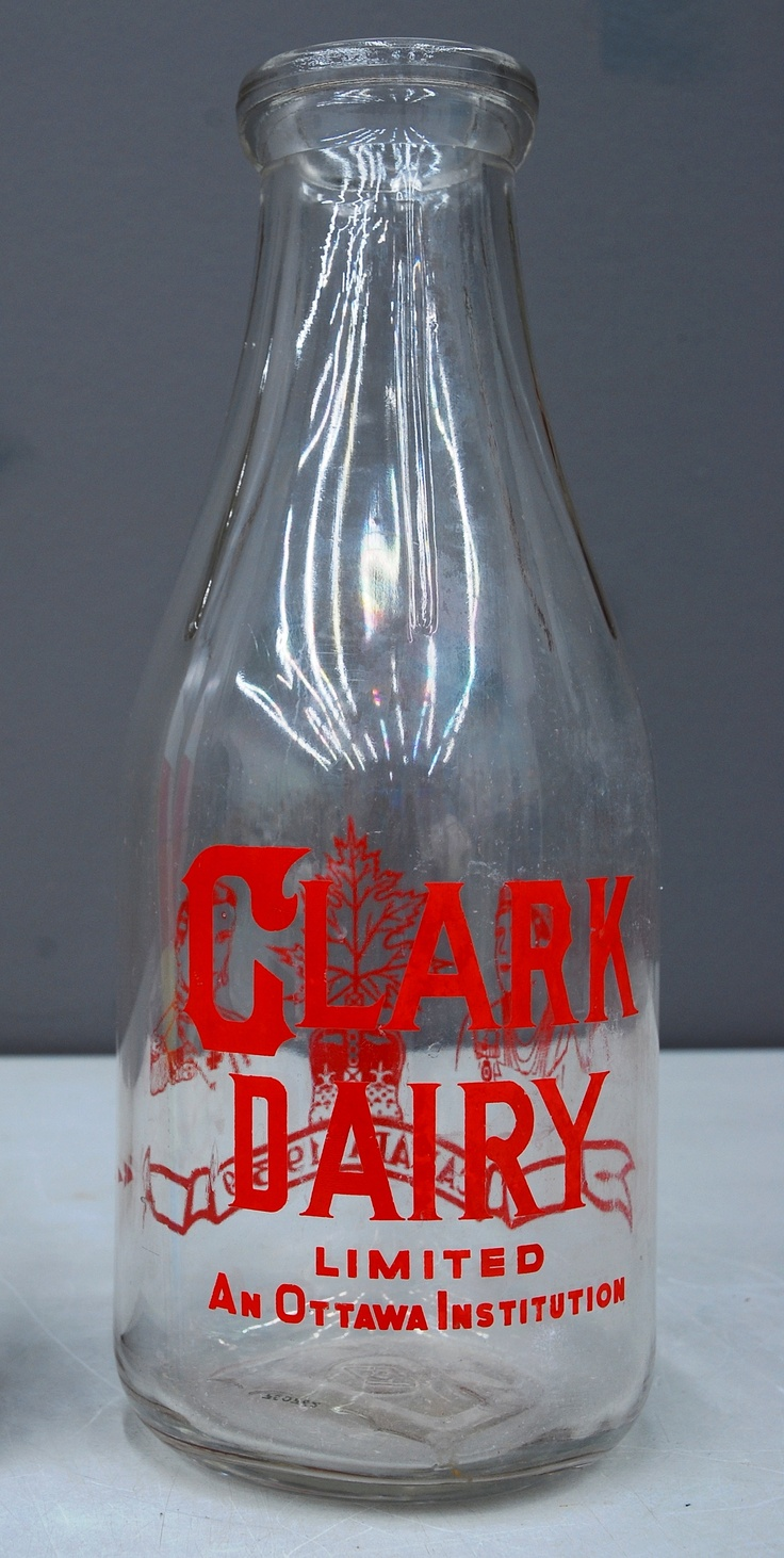 1930 Clark Dairy 1 Qt Milk Bottle Made By Dominion Glass
