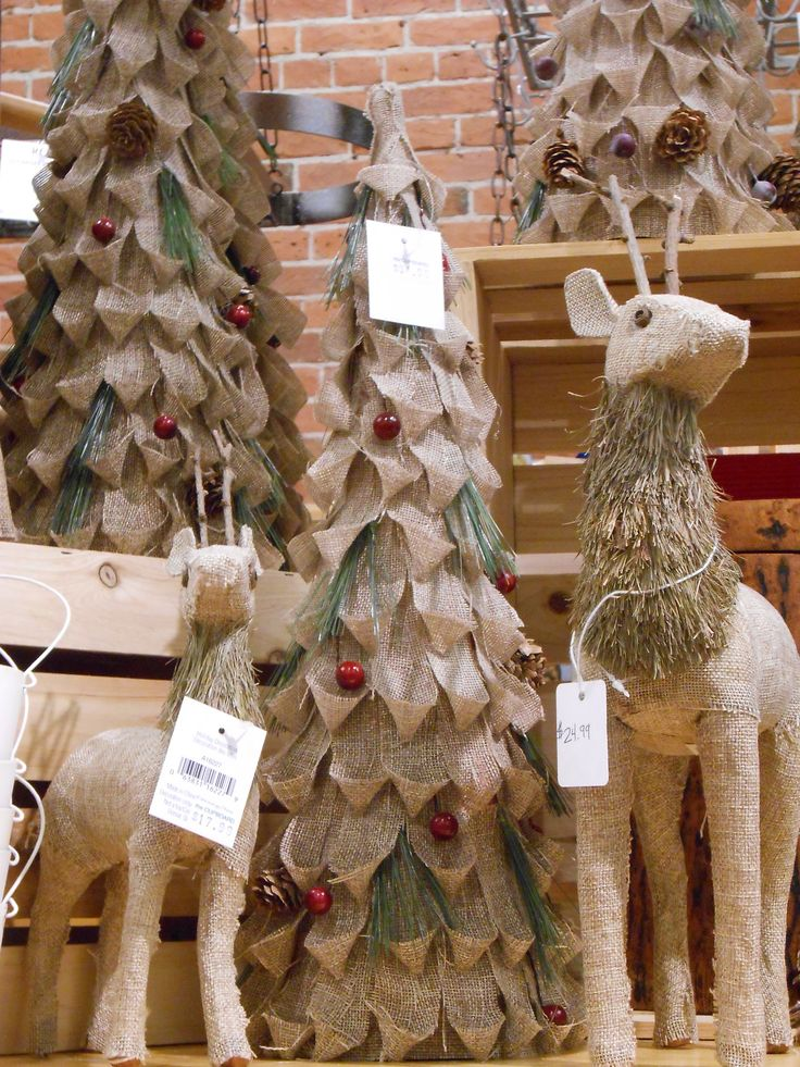 Christmas decorating ideas with burlap Burlap bag decorating ideas