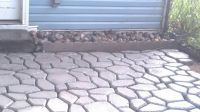 Easy diy patio with quikrete walkmaker amazon sells the ...