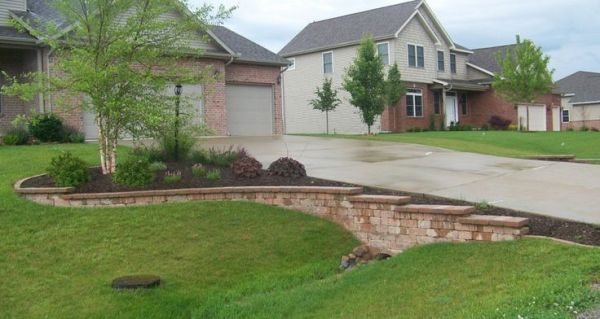 25 Driveway Landscaping Ideas Around Culverts Pictures And Ideas On