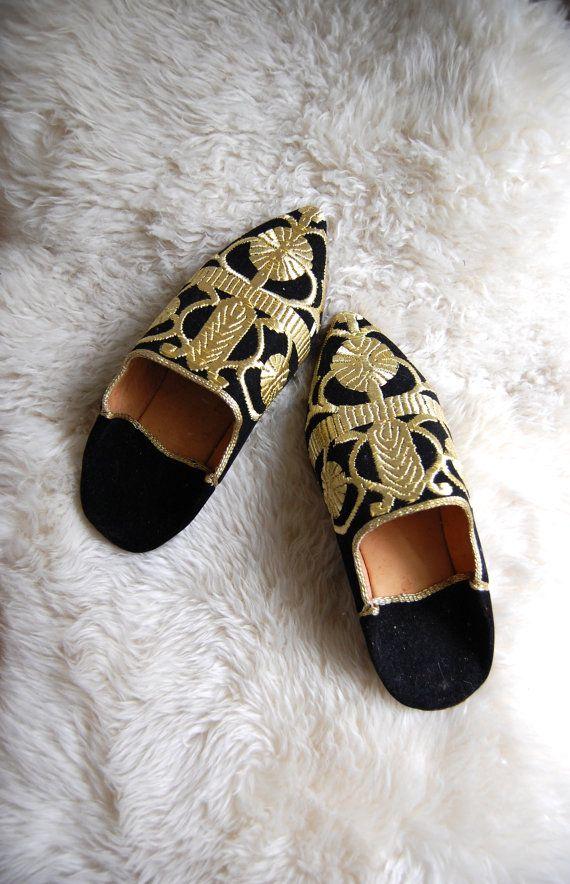 Turkish Slippers Middle Eastern Shoes Black Velvet Gold