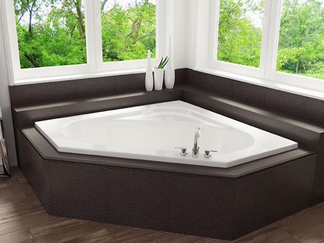 Mirolin 60 Inch Corner Soaker Tub Plumbing Sinks