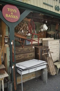 1000+ images about antique shops, flea markets, thrift