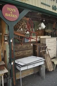 1000+ images about antique shops, flea markets, thrift ...