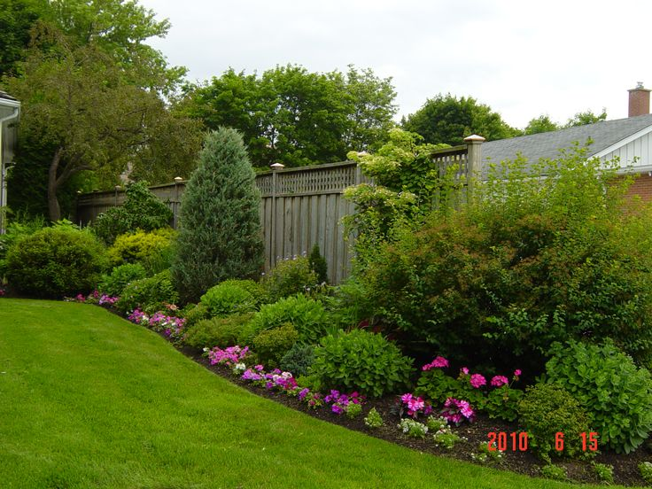 The 29 Best Images About Privacy Garden Fencing On Pinterest