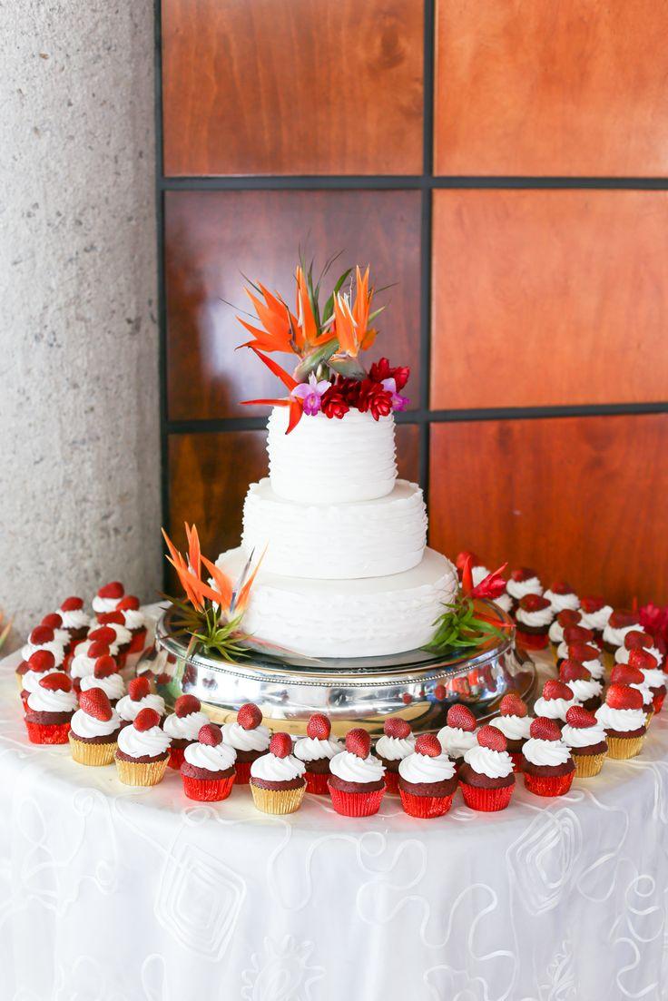 Wedding Cake Bird Of Paradise Tropical Celebration