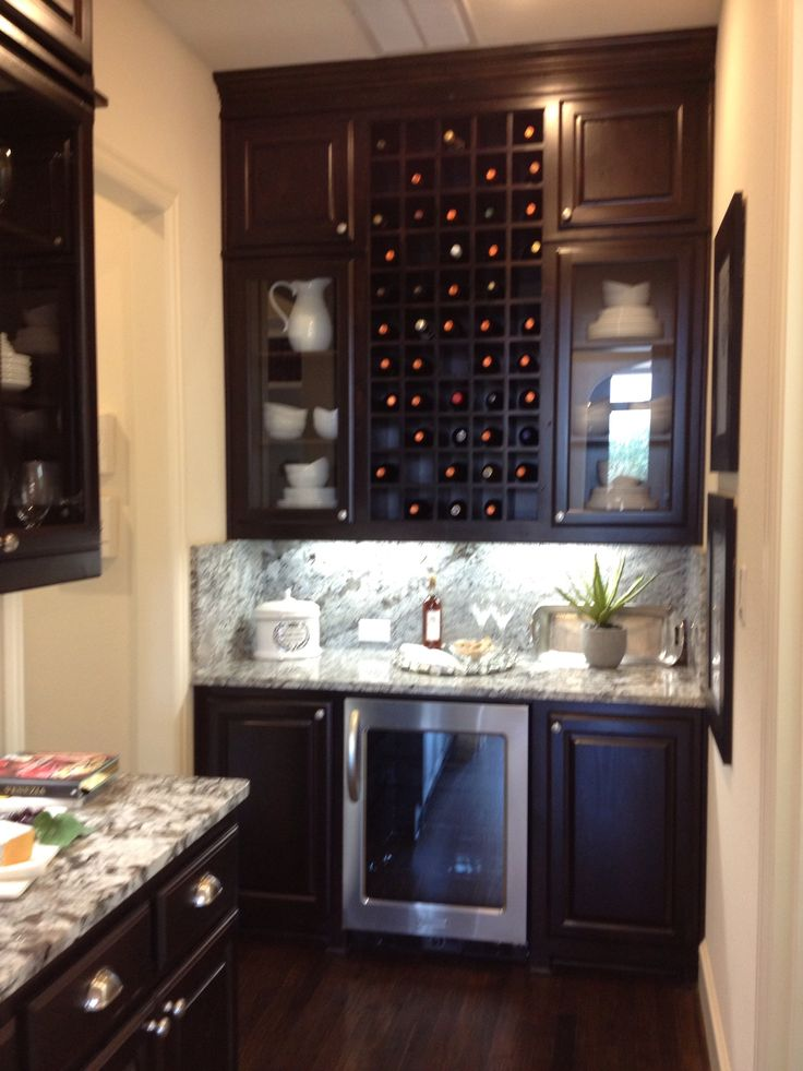 white kitchen cabinets glass doors table and bench 18 best images about butler's pantry ideas on pinterest ...