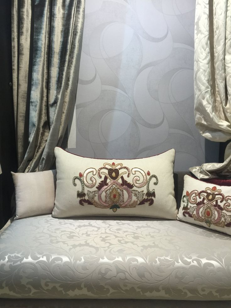 1000 ideas about Salon Marocain on Pinterest  Moroccan style Moroccan decor and Sombre definition
