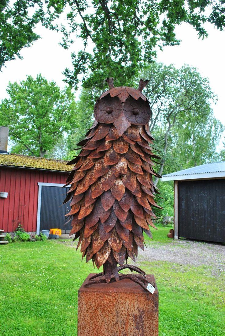 25 Best Ideas About Rusty Garden On Pinterest Decorative Garden