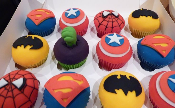 Hulk And Spiderman Cakes Cupcakes By Mrst